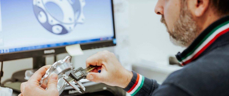 lavorazioni meccaniche precisione-ufficio tecnico OMP snc